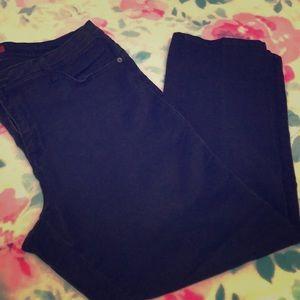 Dress barn jeans established 1962.